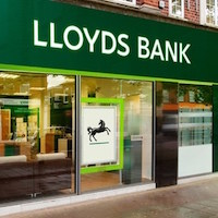 Lloyds returns £3.2bn to investors as profits soar following return to private sector (LLOY)