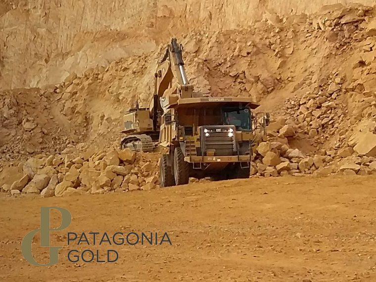 What does Hunt Mining's bid for Patagonia Gold mean for UK mining juniors? (PGD)