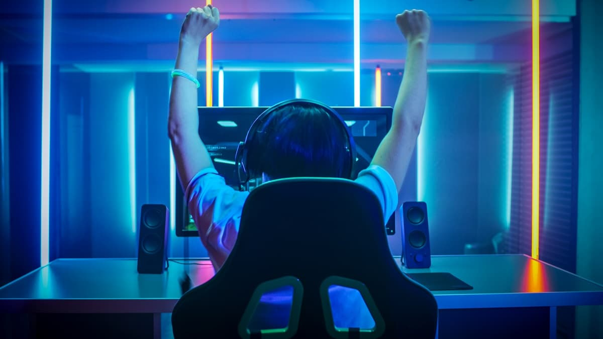 Blue Star Capital on why the global lockdown is shining a spotlight on the booming world of eSports (BLU)