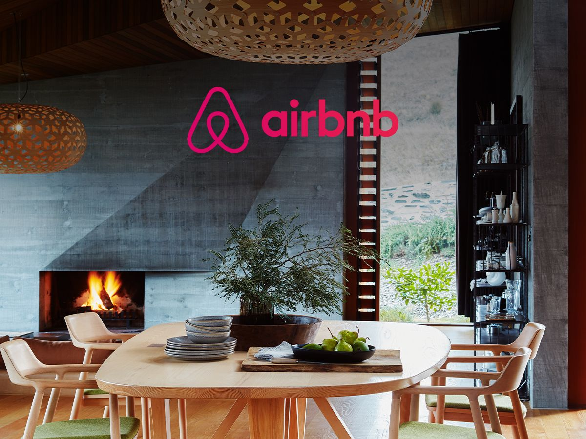 Airbnb's $35 billion IPO: Bouncing back from the brink!