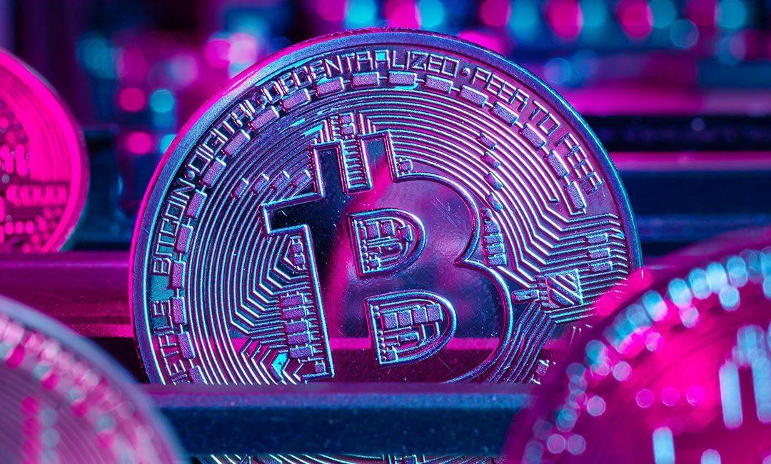 Fidelity vs Winklevoss Twins as the Bitcoin ETF market heats up