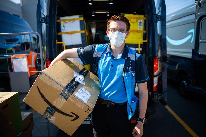 Amazon delivery $AMZN