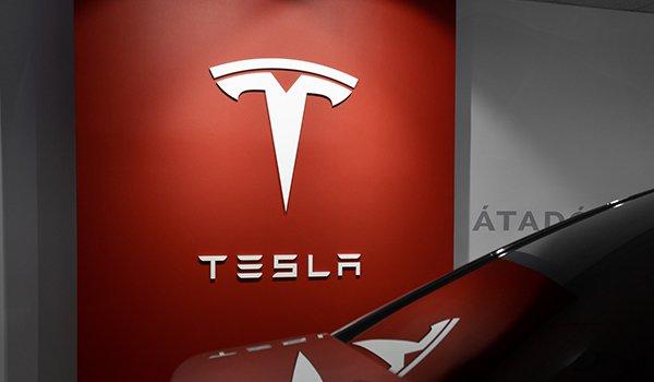 Tesla EV credits