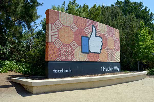 Facebook profits top $10B as its CEO exalts the 'metaverse'