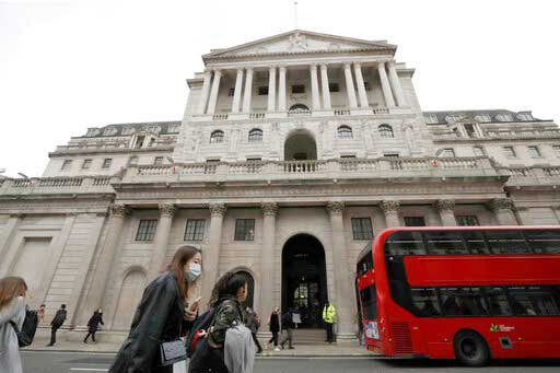 Bank of England hints at rate rise amid buoyant UK recovery