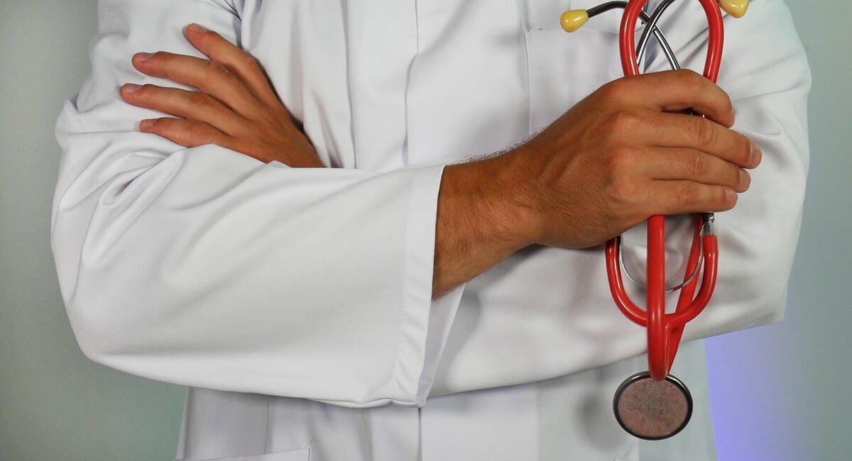 Q3 2021 Momentum-driven healthcare stocks to consider